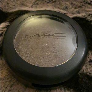 Mac eyeshadow-deeply dashing